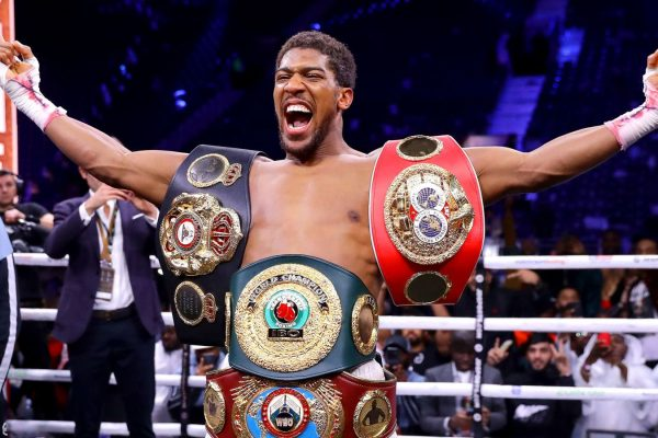 Anthony Joshua could lose a heavyweight title