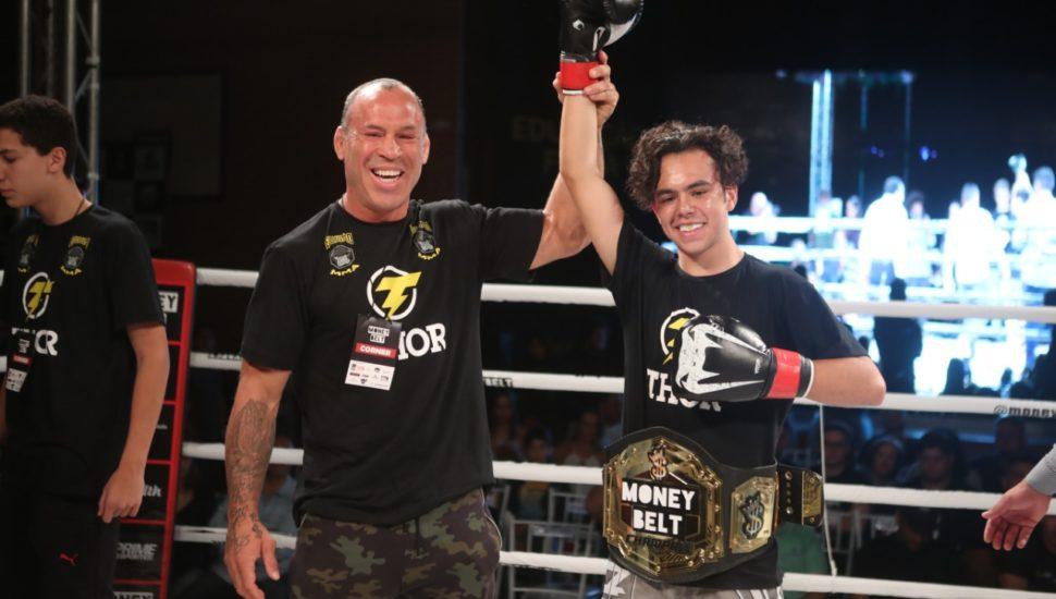Thor Silva, Wanderlei's son, wins Muay Thai debut in 30 seconds - WATCH