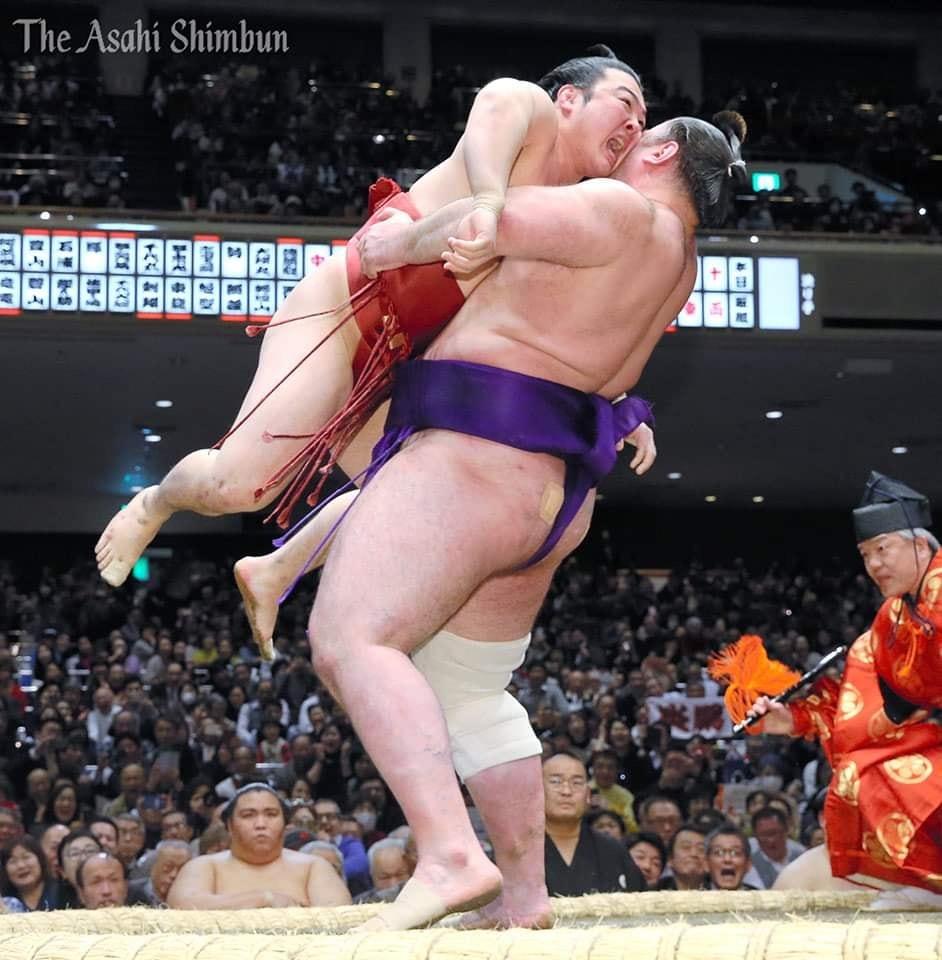 Hatsu 2020, Tochinoshin-Enho