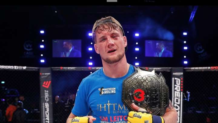 Ross Houston signs with Bellator