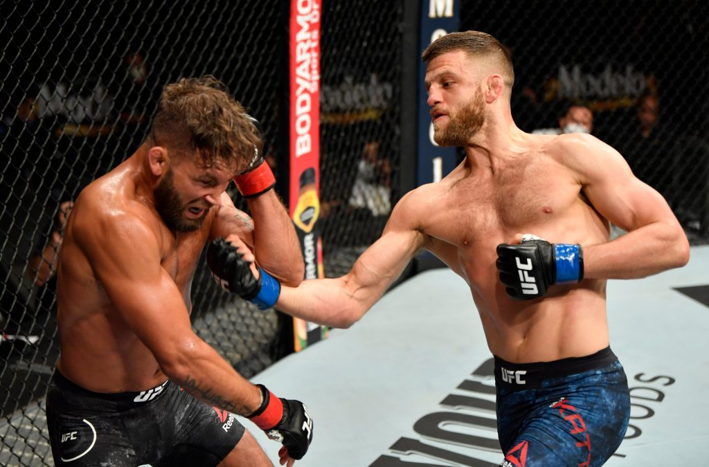 UFC 249, Calvin Kattar finishes Stephens with elbow in second round