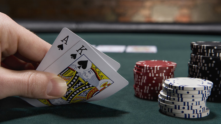 Tips from the top on how to beat the house at blackjack