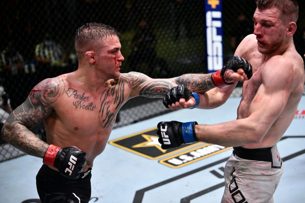 "Dustin Poirier defeats Dan Hooker in potential ""Fight of the Year"" candidate"