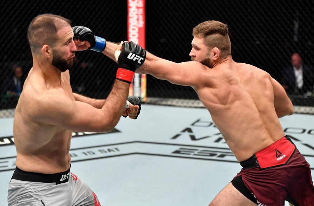 Jiri Prochazka knocks out Volkan Oezdemir in UFC debut