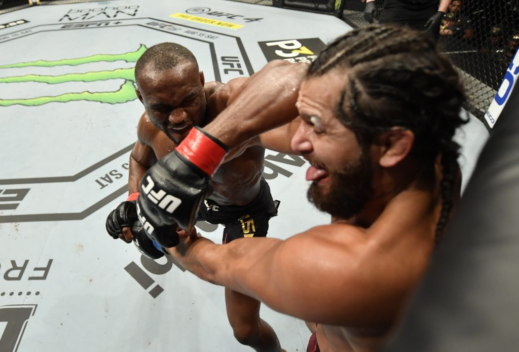 Kamaru Usman shuts down Masvidal to defend welterweight title