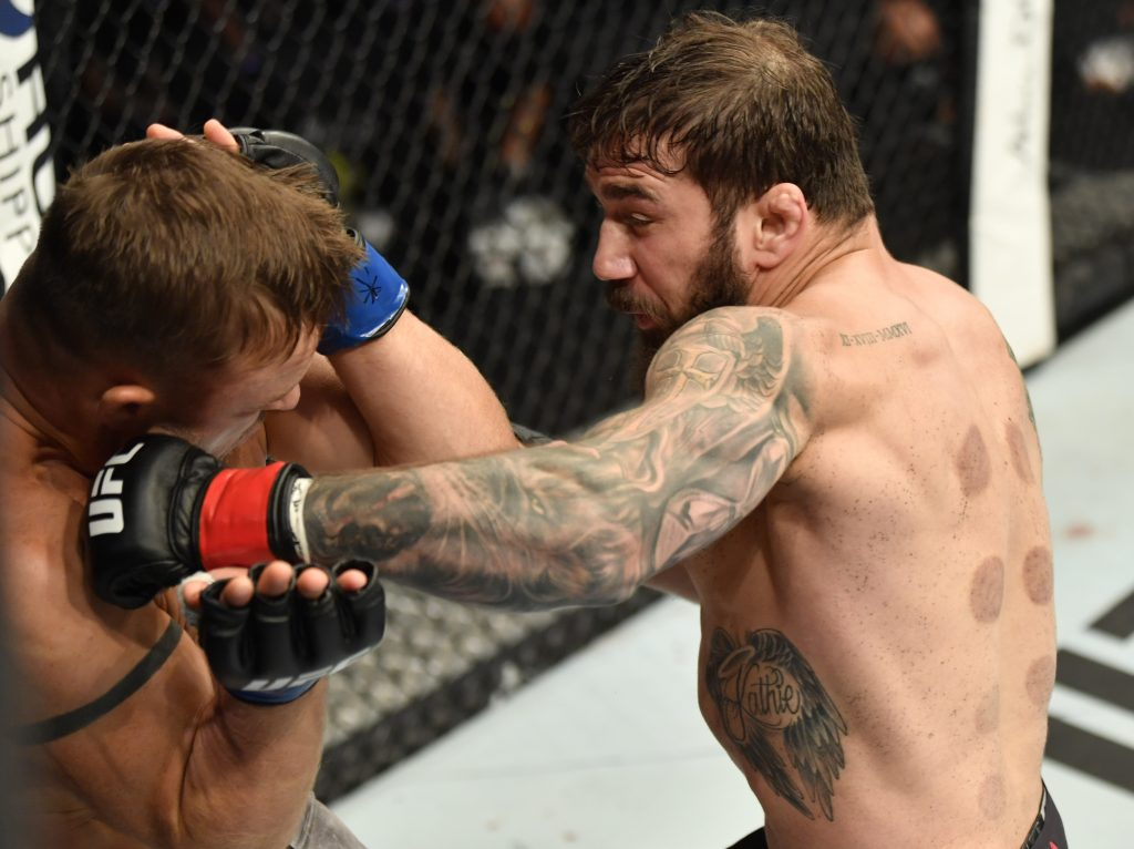 Jimmie Rivera out strikes Cody Stamann in decision victory