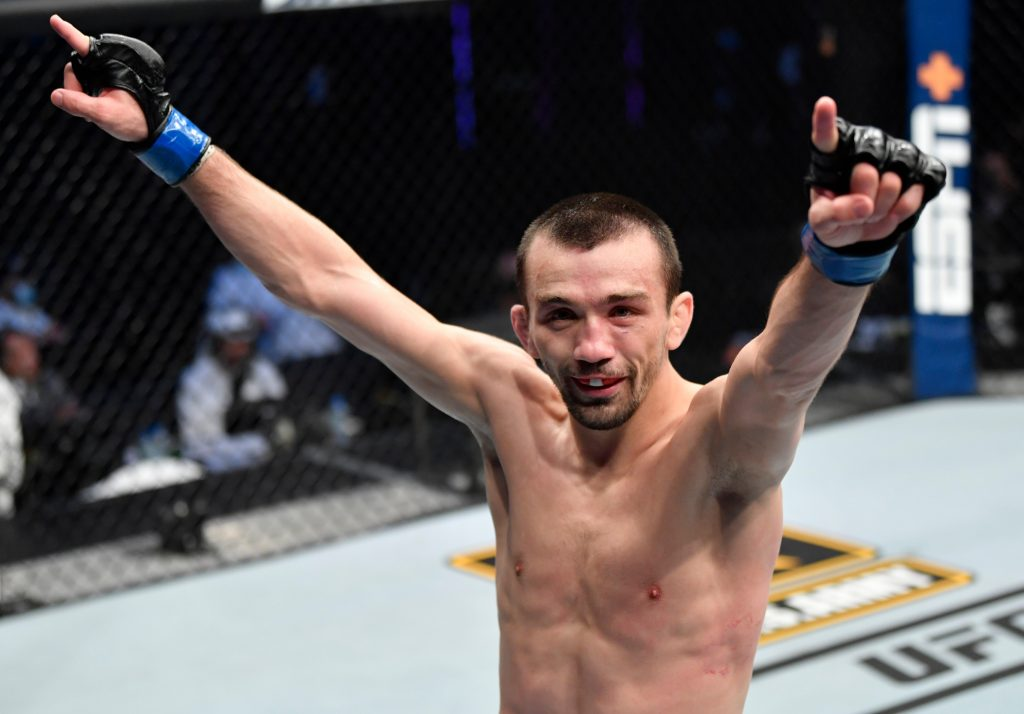 Askar Akarov remains undefeated with unanimous decision over Pantoja