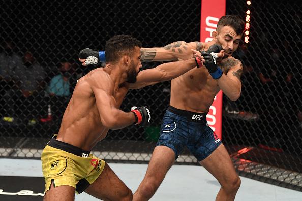 Edson Barboza wins dominant decision over Makwan Amirkhani at UFC Fight Island 5