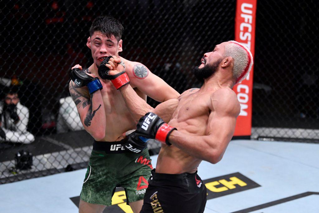 Deiveson Figueiredo vs. Brandon Moreno ends in a draw at UFC 256