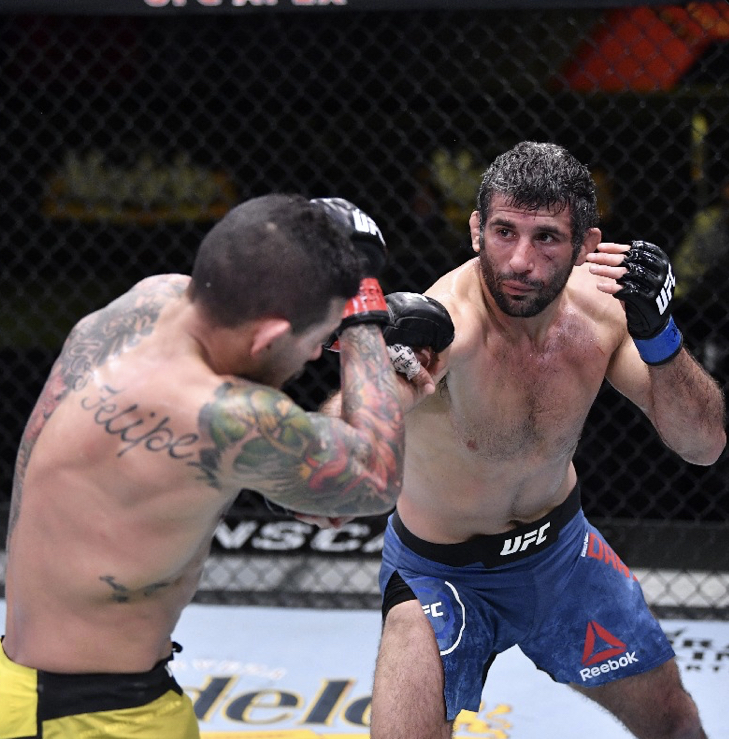 Beneil Dariush controls Diego Ferreira for 15 minutes to earn a victory at UFC Vegas 18
