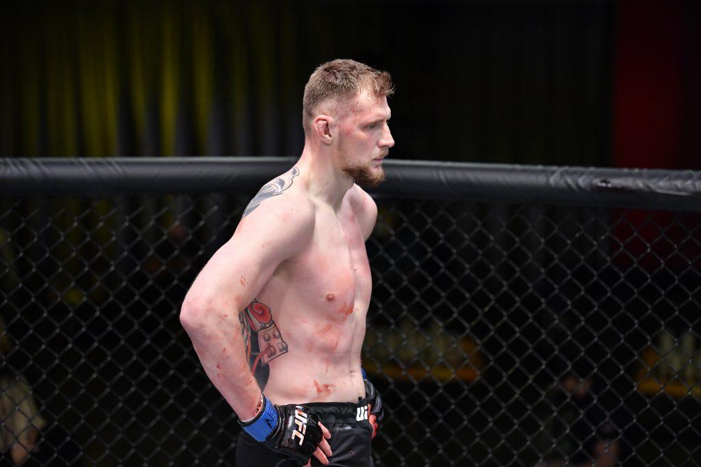 "Alexander Volkov demolishes ""The Deomolition Man"" Alistair Overeem via 2nd round TKO, UFC Vegas 18"