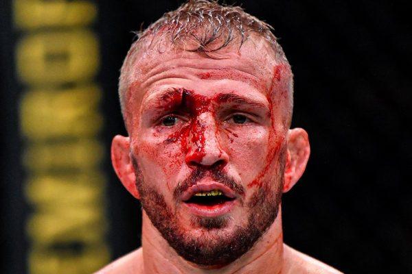 TJ Dillashaw returns to edge Cory Sandhagen in 5-round war