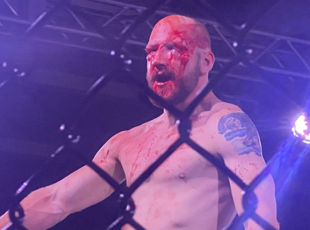Harley Locklear Captures Kyle Kahler's Cage Wars Title in Fight of the Year